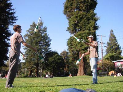 normal_jugglers06